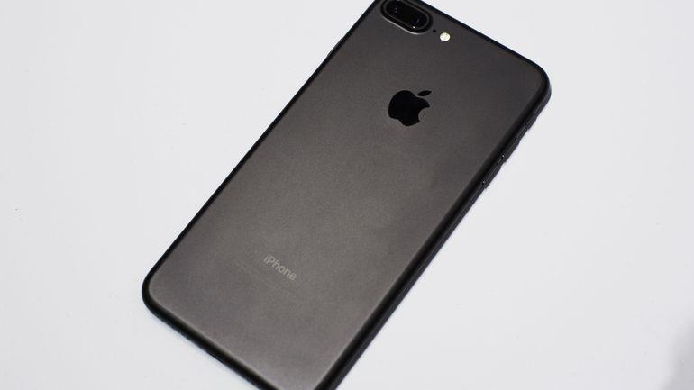 iPhone 8 Dual SIM